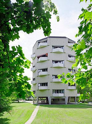 Wohnturm - p6060091 von Iris Friedrich