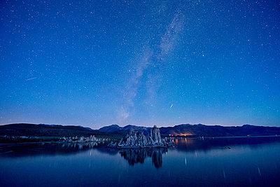 Tufa rock formation, mono lake, california, usa - p924m711173f by Pete Saloutos