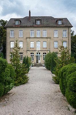 Chateau Vellexon - p335m1048322 by Andreas Körner