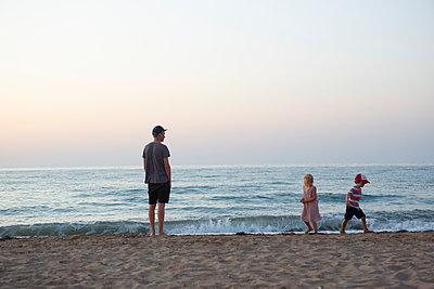 Abend am Meer - p454m2044123 von Lubitz + Dorner