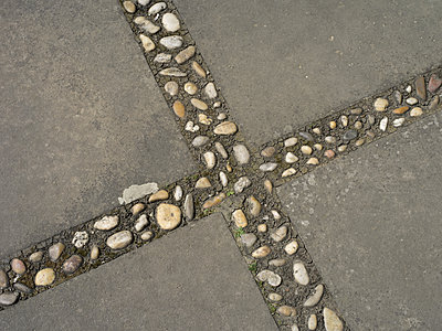 Pavement with pebble stone cross - p945m2007600 by aurelia frey