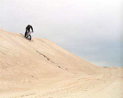 Motocross - p2684653 von Christof Mattes