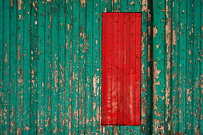 Wooden wall peeled off - p851m1048562 by Lohfink