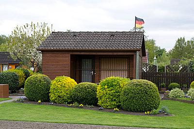 Schrebergarten - p1199m1020686 von Claudia Jestremski