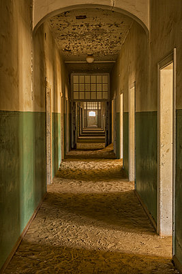 Abandoned old hospital; Kolmanskop, Namibia - p442m1086789 by Robert Postma
