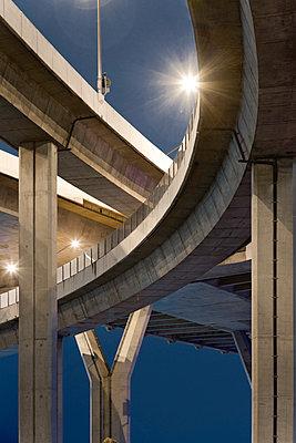 Brücke in Bangkok - p1032m1220665 von Fuercho