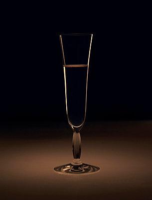Champagne glass - p6720015 by Vanessa Chambard
