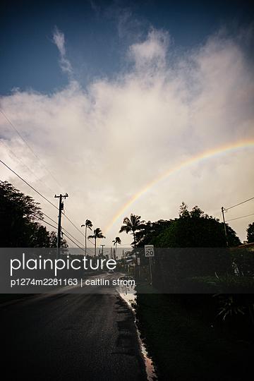 USA, Hawaii, Rainbow on the Road - p1274m2281163 by caitlin strom