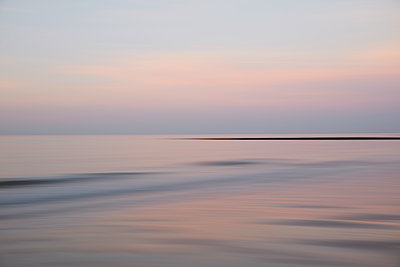 Silent sea - p803m2270241 by Thomas Balzer