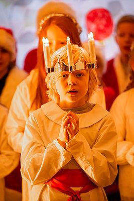 Luciafest - p1418m2142950 von Jan Håkan Dahlström