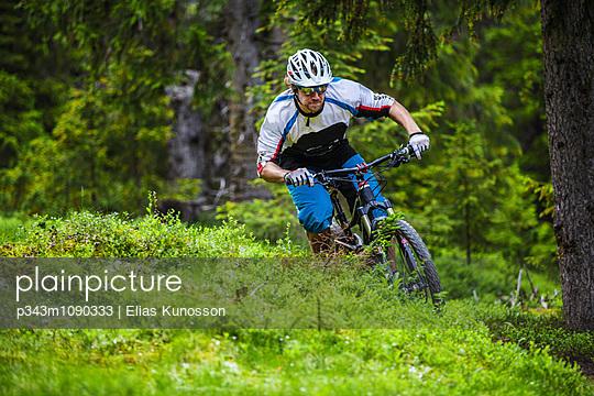 p343m1090333 von Elias Kunosson