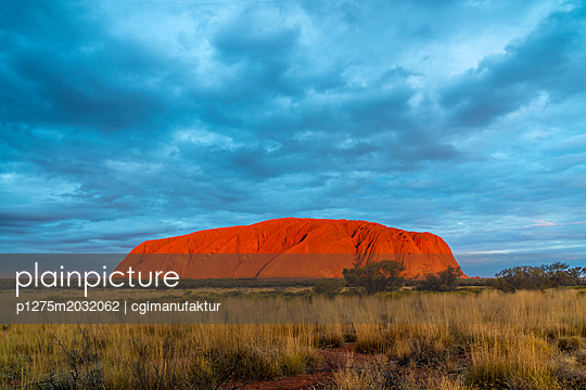 Australien Ayers Rock Uluru - p1275m2032062 von cgimanufaktur