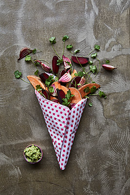 Vegetable wedges - p312m2120181 by Johner