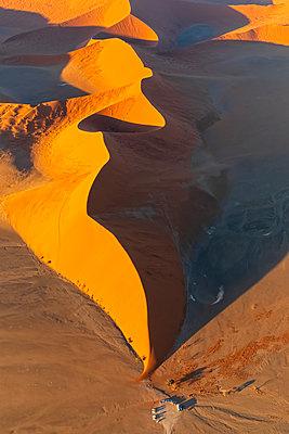 Africa, Namibia, Namib desert, Namib-Naukluft National Park, Aerial view of desert dune 45 - p300m2023894 by Fotofeeling
