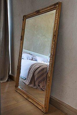 p1183m997048 von Madamour, Christophe