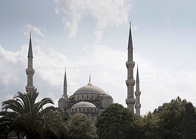 Blue Mosque - p798m851797 by Florian Löbermann
