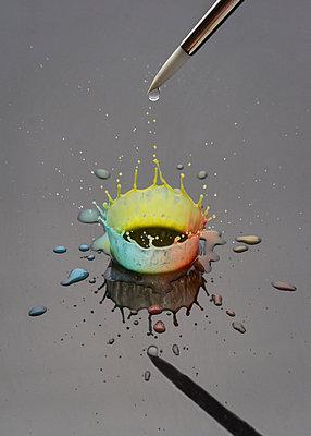 Farbspritzer, CGI - p1652m2257776 von Callum Ollason