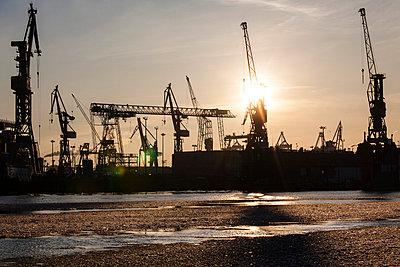 Dockyard in the Port of Hamburg - p488m764484 by Bias