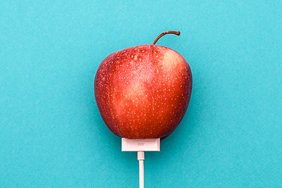 Apple and charger - p750m1496595 by Silveri