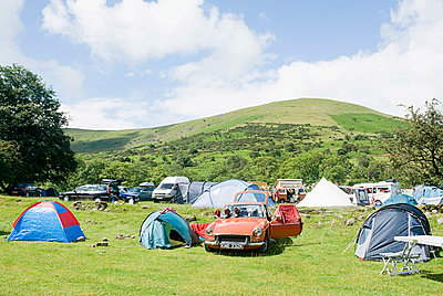Camping in the brecon beacons - p9249191f by Image Source