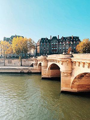 Bridge in Paris - p988m2031149 by Rachel Rebibo