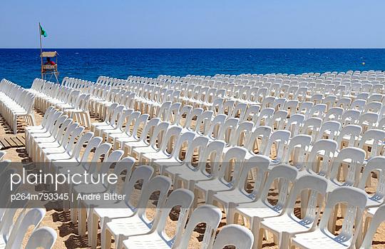 Playa de Aro;  Katalonien - p264m793345 von André Bitter