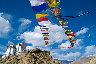 Prayer Flags & Buddhist Monastery Palace in Himalayan Landscape - p1562m2220281 by chinch gryniewicz