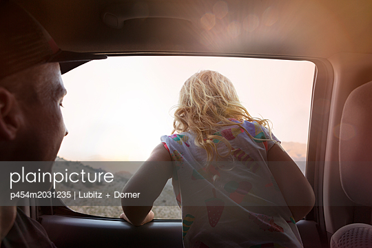 While driving - p454m2031235 by Lubitz + Dorner
