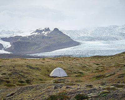 Zelten am Gletscher - p1124m1060331 von Willing-Holtz