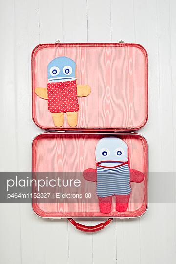 Koffer packen - p464m1152327 von Elektrons 08