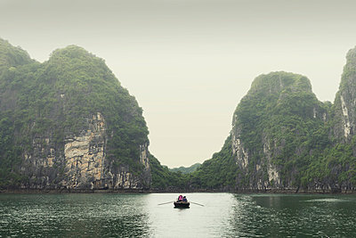 Boat, Ha Long bay - p1445m2082668 by Eugenia Kyriakopoulou