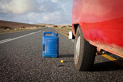 Blue can open on the road - p1513m2037609 by ESTELLE FENECH