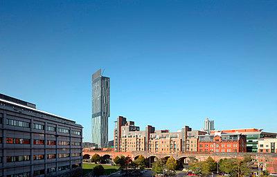 Hilton Tower, 303 Deansgate, Manchester. - p8550718 by Daniel Hopkinson