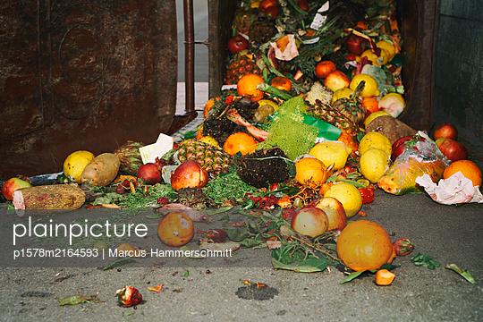 Füllhorn - p1578m2164593 von Marcus Hammerschmitt