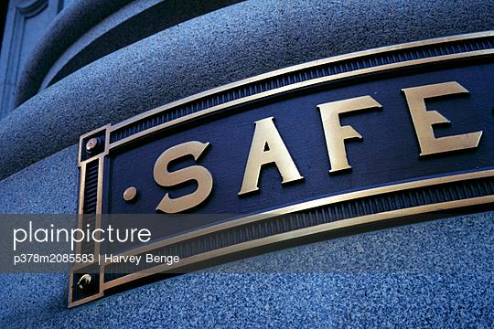 Sign on bank,SAFE - p378m2085583 by Harvey Benge