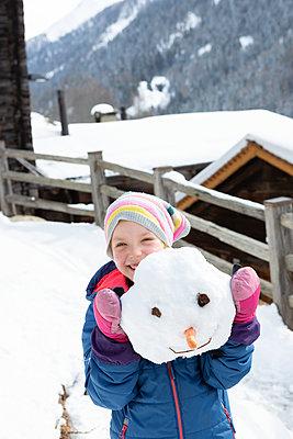 Fun in the snow - p454m2209957 by Lubitz + Dorner