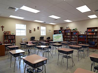 School class - p913m1538459 by LPF