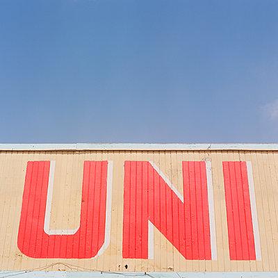 Uni Sign - p1431m2247656 by Daniel R. Lopez