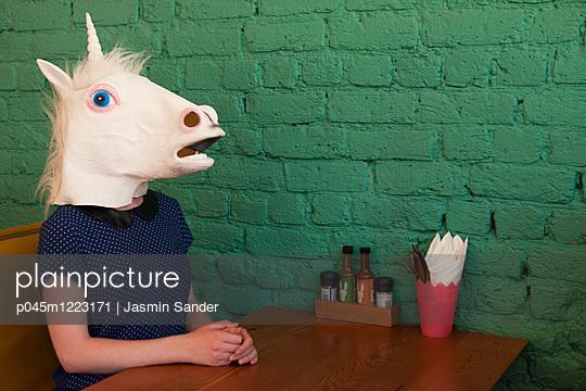 p045m1223171 by Jasmin Sander