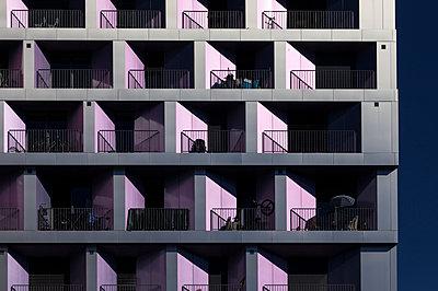 Pink apartments - p1329m1183540 by T. Béhuret
