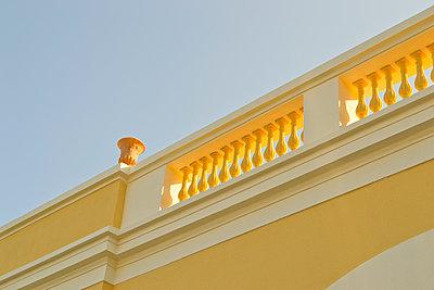 Terrasse in der Mittagssonne - p1199m1004388 von Claudia Jestremski