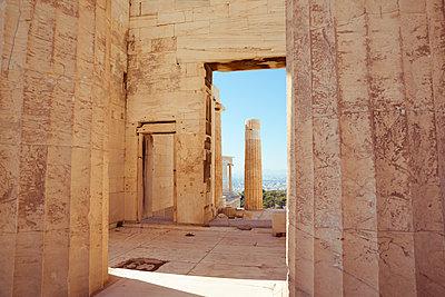 Akropolis Sehenswürdigkeit - p432m1510548 von mia takahara