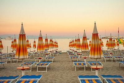 Sicile Naxos - p567m1515832 by Alexis Bastin