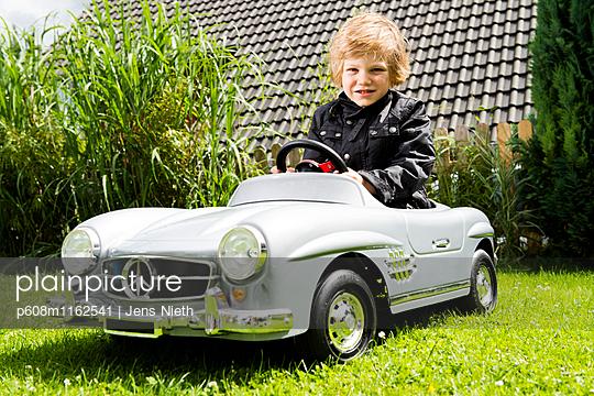 Kindheit - p608m1162541 von Jens Nieth