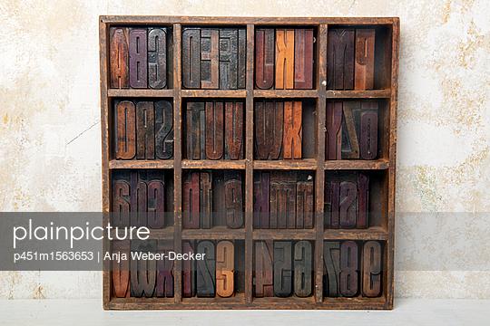 p451m1563653 by Anja Weber-Decker