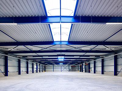 Logistics centre warehouse - p280m1137371 by victor s. brigola
