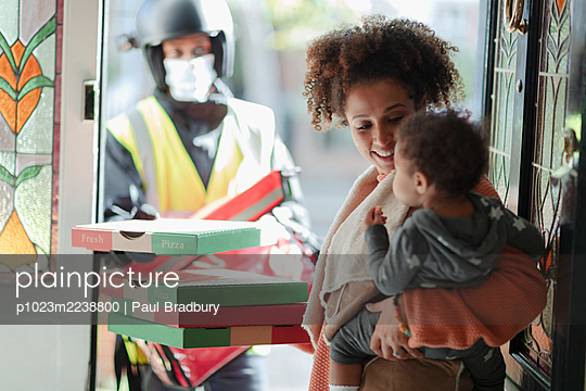 p1023m2238800 von Paul Bradbury