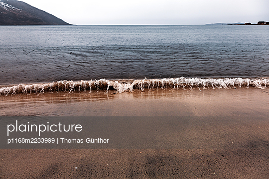 Norway, Beach on the Island Senja - p1168m2233999 by Thomas Günther