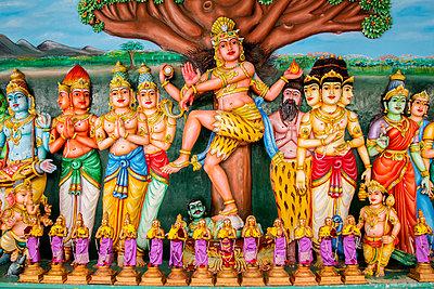 Ornate mural in Sri Mahamariamman temple, Kuala Lumpur, Federal Territory of Kuala Lumpur, Malaysia - p555m1420188 by Inti St Clair photography