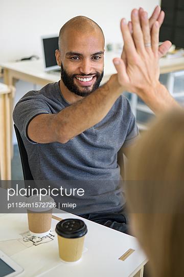 Handschlag - p1156m1572726 von miep